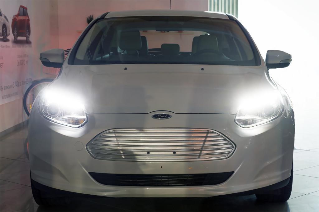 Ford_focus-elektromobili-elmob