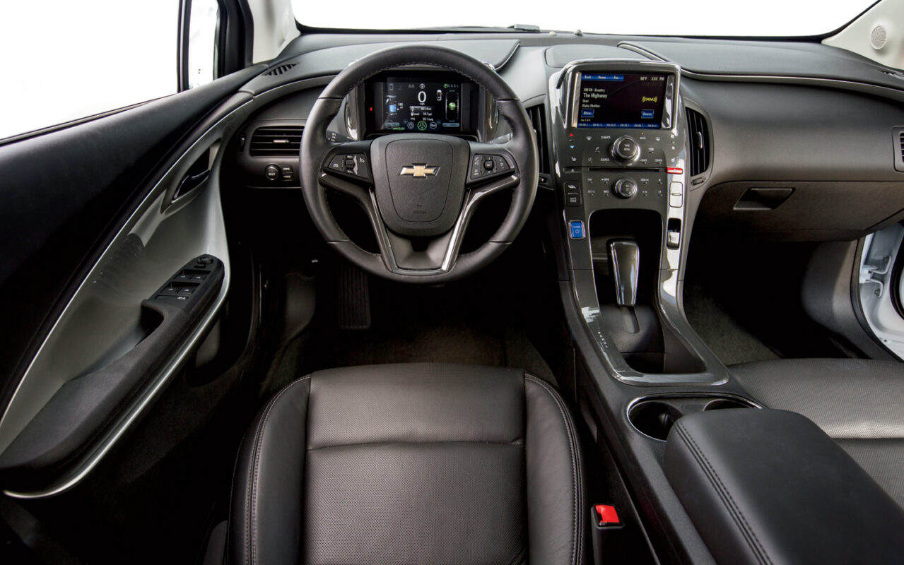 elektromobili-chevy-volt-02