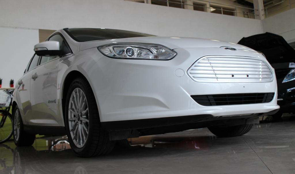 ford-focus-elektromobil-elmob