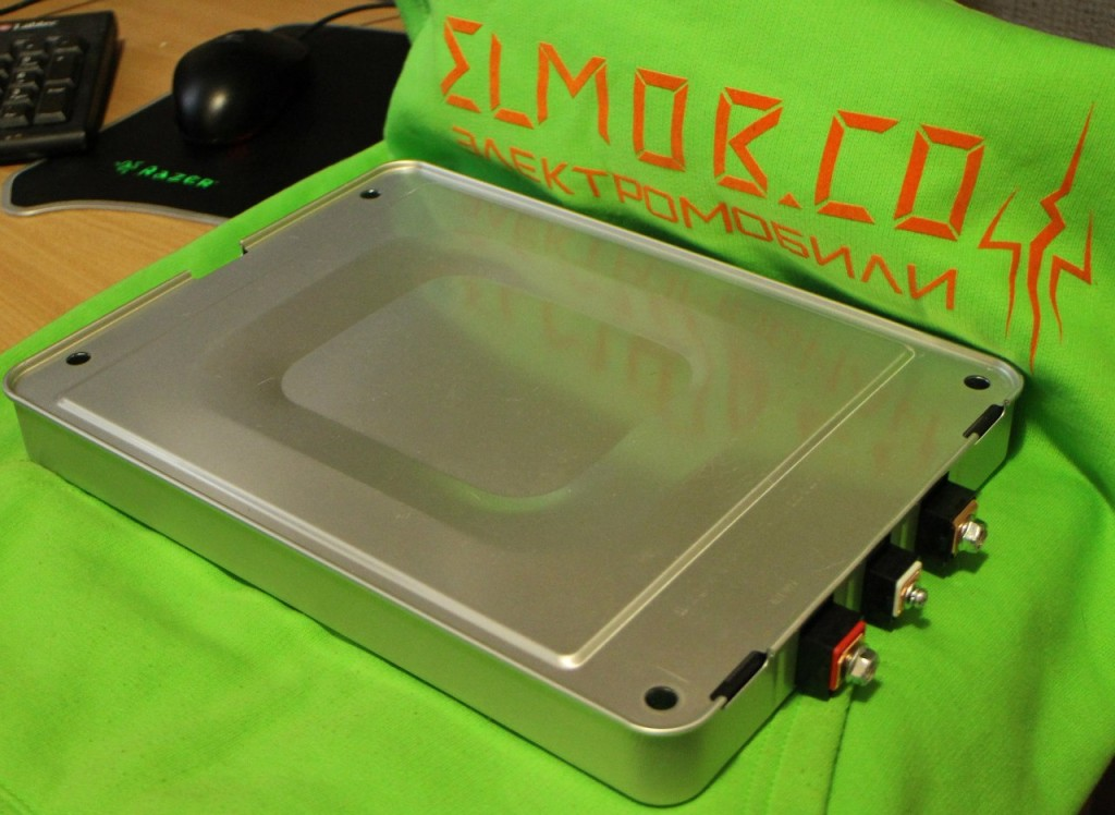 obsluzhivanie-elektromobil'-elmob-batareya