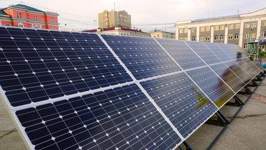 solnechnye-batarei-elektrichestvo-elektromobili-elmob