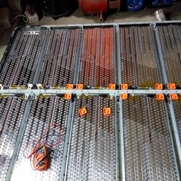 Батареи TESLA от ELMOB 16 модулей