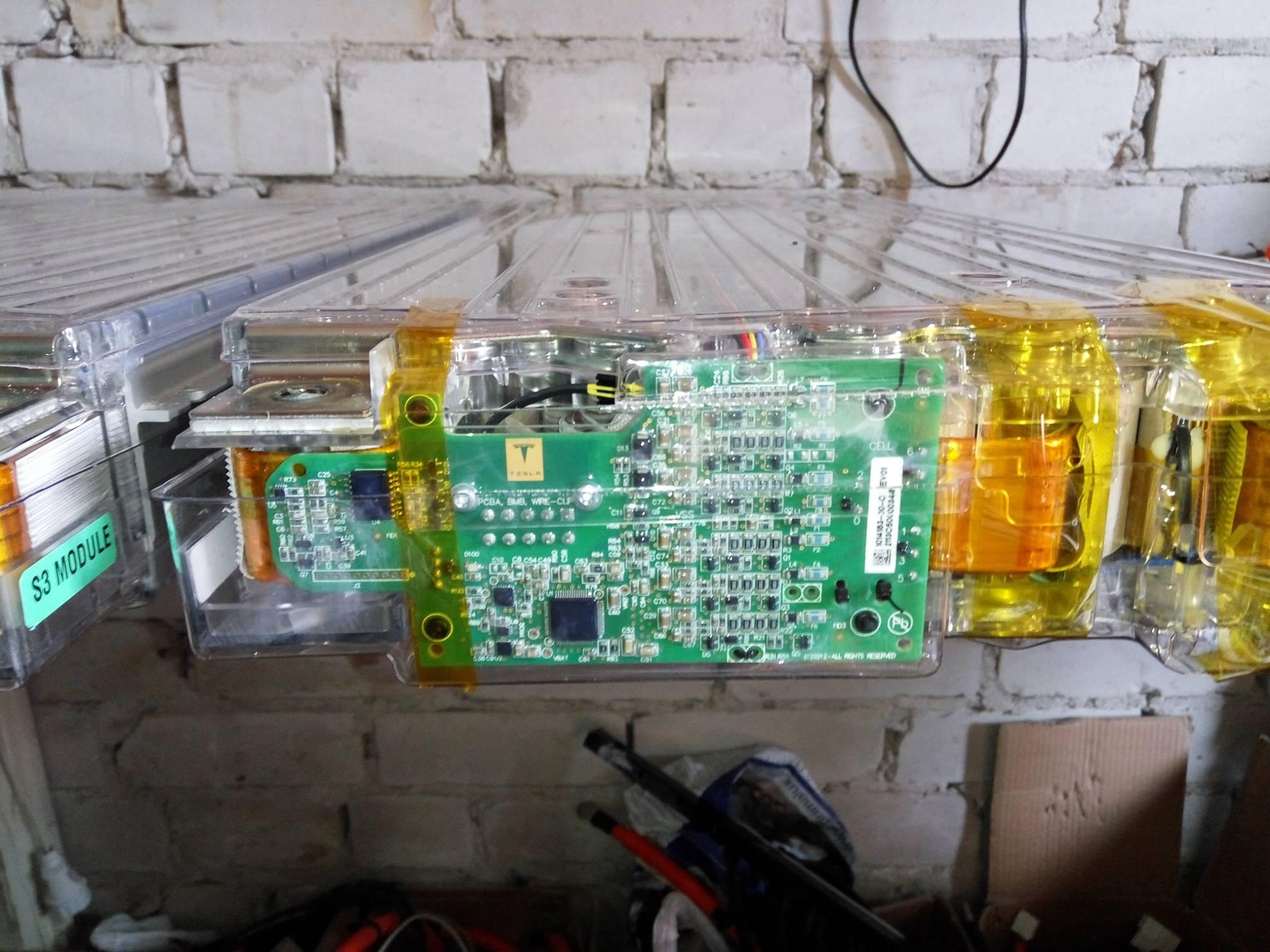 Батареи TESLA от ELMOB 3