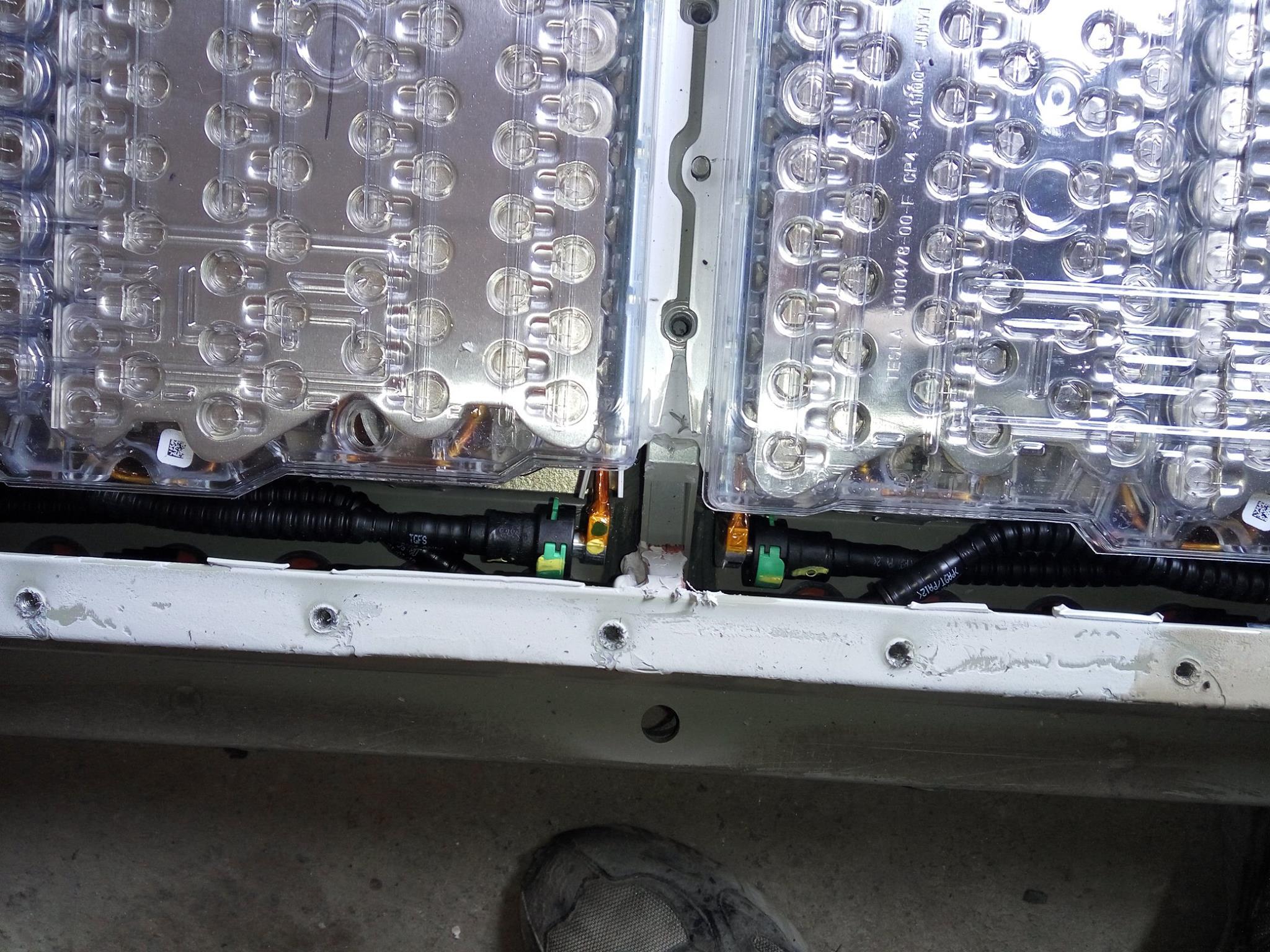 Батареи TESLA от ELMOB 6