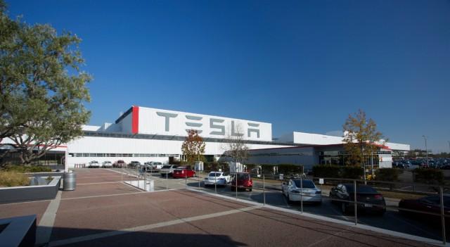 Фабрика Tesla, Фремонт, Калифорния
