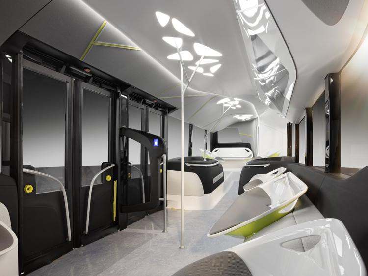 фото компания Daimler mersedes автобус