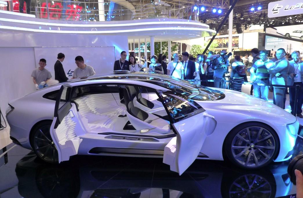 Электромобиль LeSee в Китае