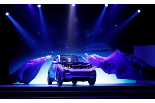 BMW фабрика аккумуляторов Таиланд