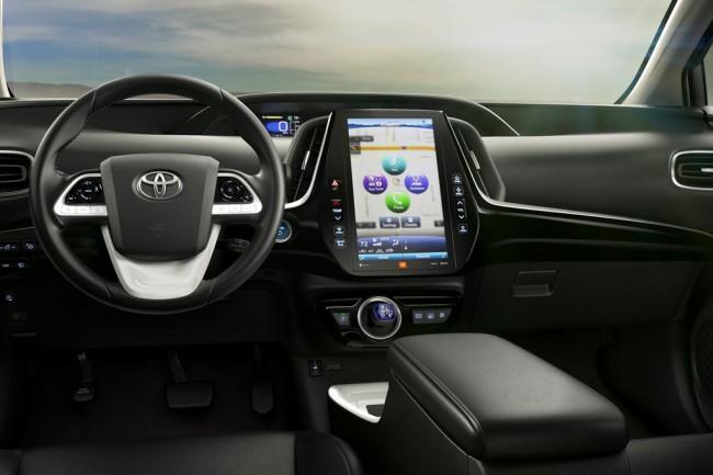 фото салона Toyota Prius Prime