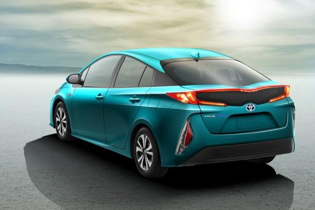 изображение Toyota Prius Prime