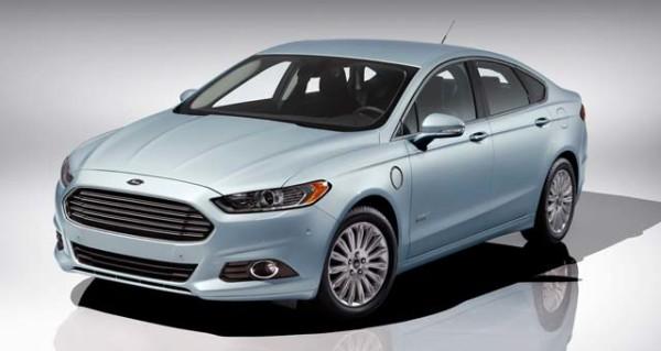 продажи электромобилей Ford Fusion