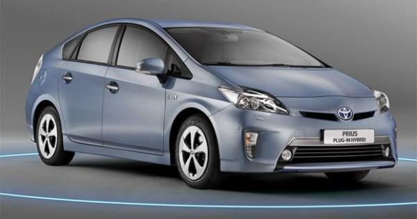 продажи електромобилей Toyota Prius Plug-in Hybrid