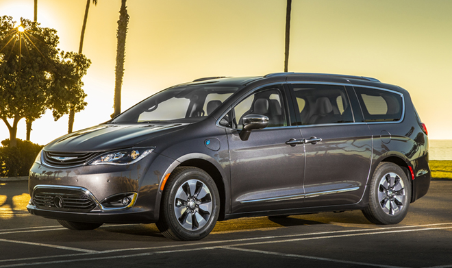 2017 Chrysler Pacifica гибрид