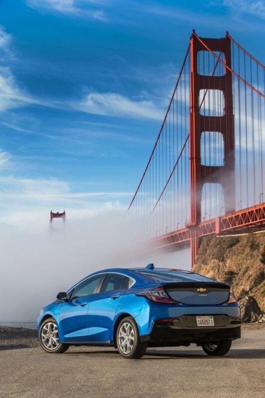 фото Chevrolet Volt