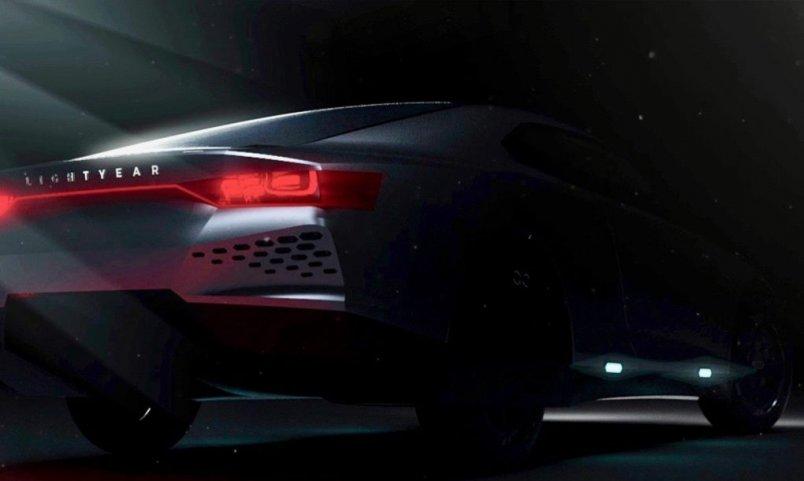lightyear_solar_car_1
