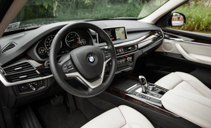 BMW X5 xDrive40e интерьер