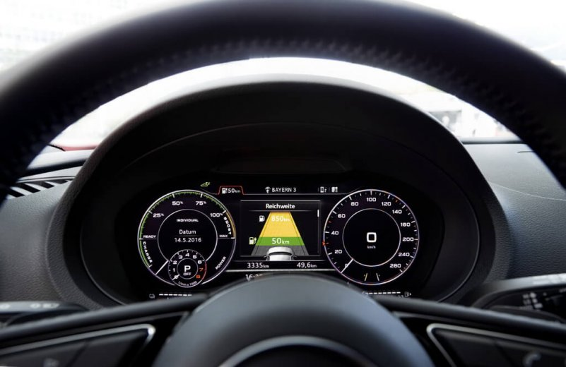 audi-a3-sportback-e-tron-interior
