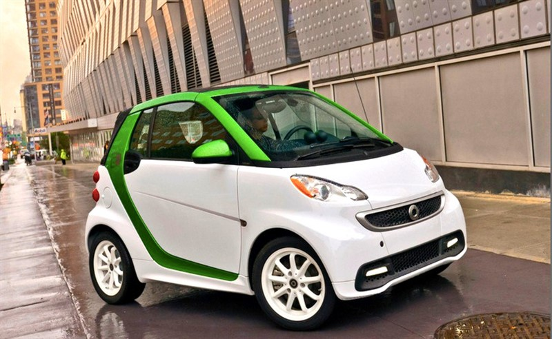 2013-Smart-ForTwo-Electric-Drive