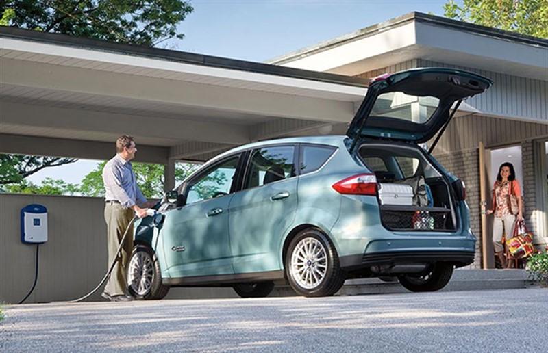 Ford C-Max Energi подключаемый гибрид