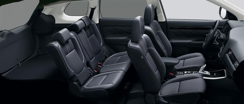 Mitsubishi Outlander гибрид салон