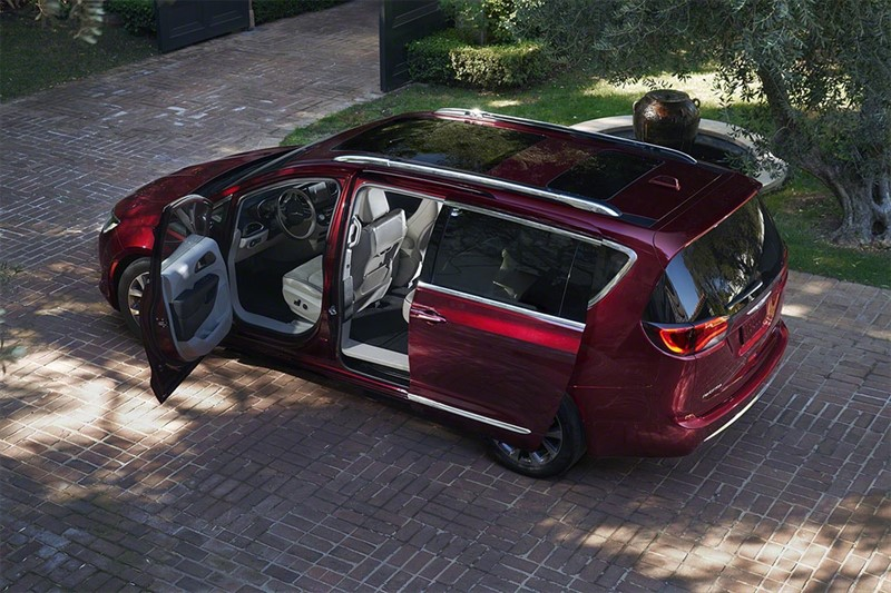 гибридный Chrysler-Pacifica