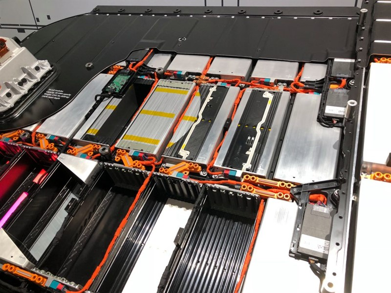 аккумулятор Audi E-Tron