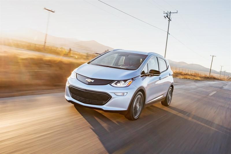 электромобиль Chevrolet Bolt
