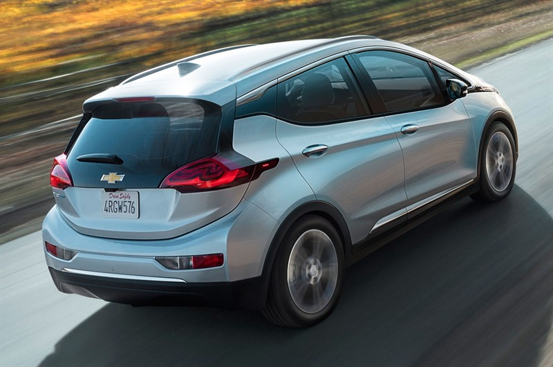 электромобиль Chevy Bolt