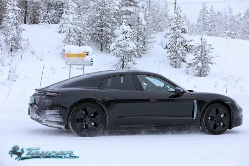 Porsche-Taycan-Prototype-_SB18022_800x533