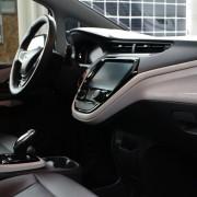 комплектации Chevrolet Bolt