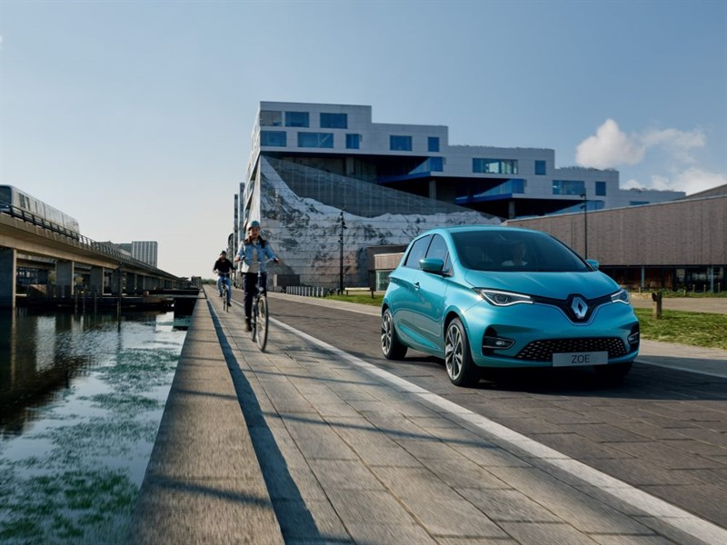 НОВЫЙ Renault ZOE