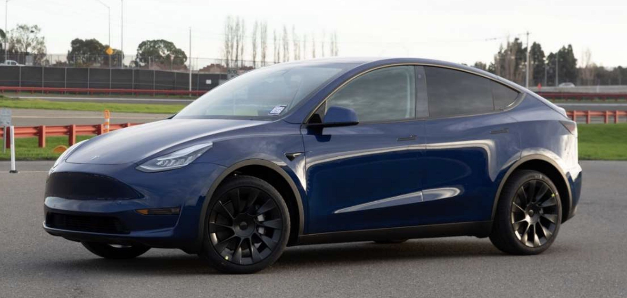 Tesla-Model-Y-