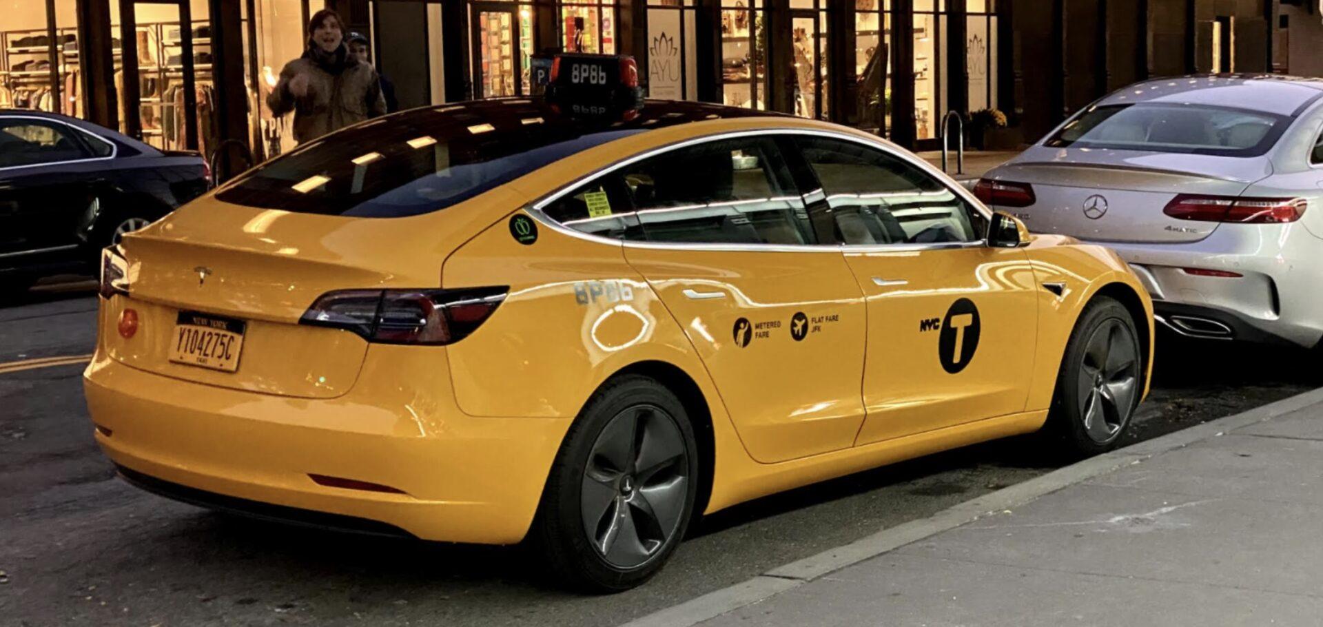 Tesla-Model-3-Yellow-cab-official-taxi-hero