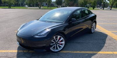 Tesla-Model-3-