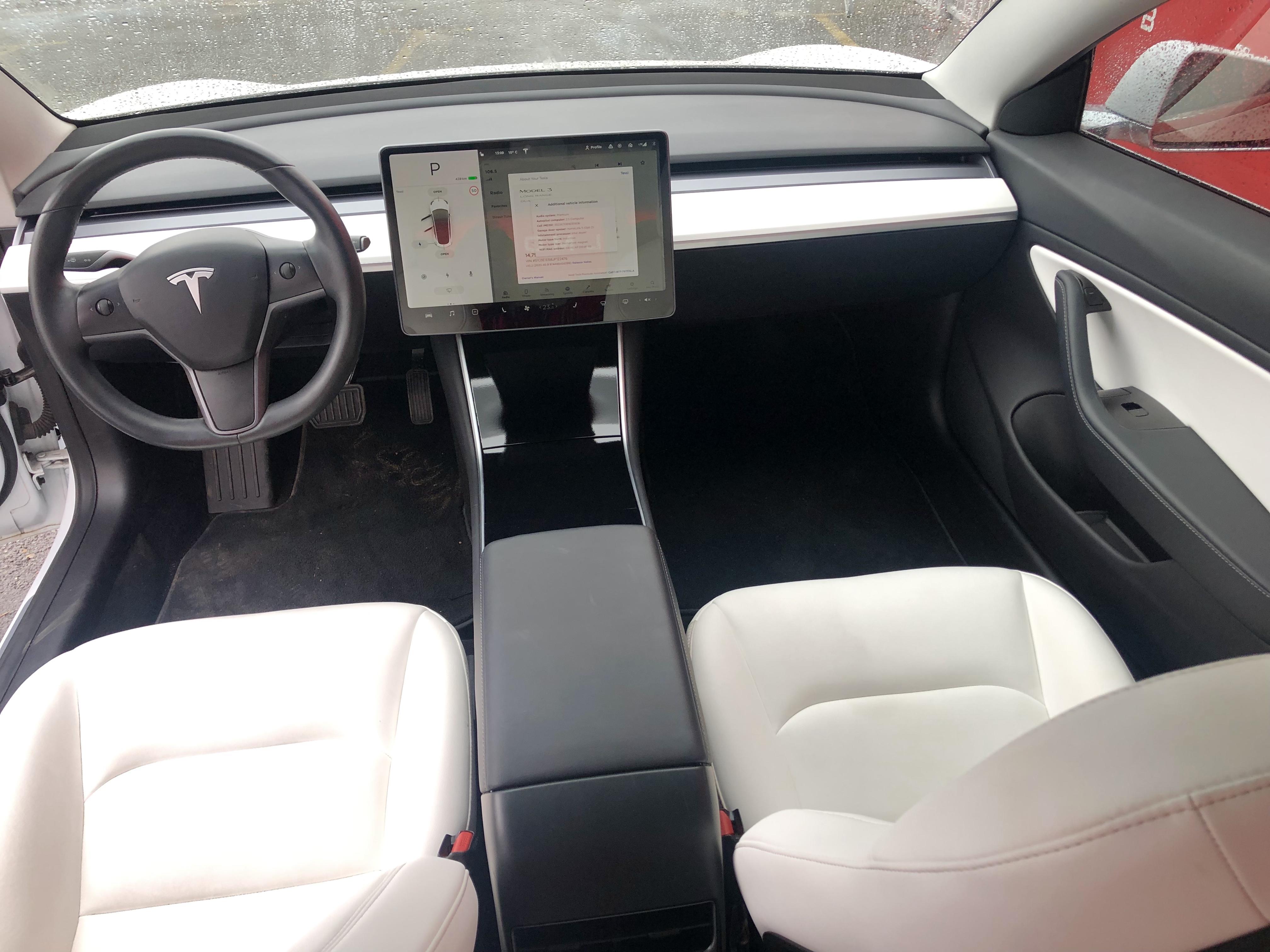 Tesla Model 3 Dual Motor White Indoor
