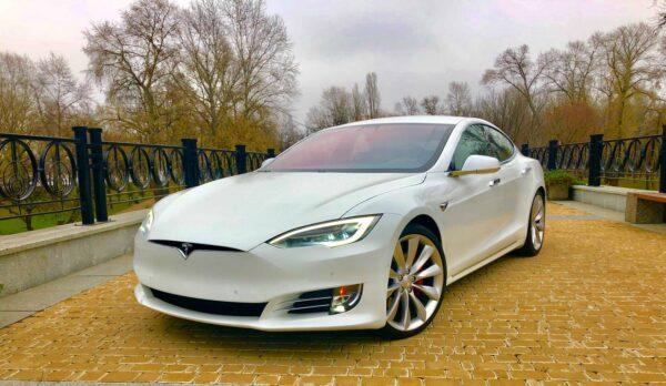 Tesla Model S p100dl купит киев